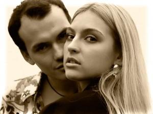 Почему мужчина скрывает отношения с женщиной